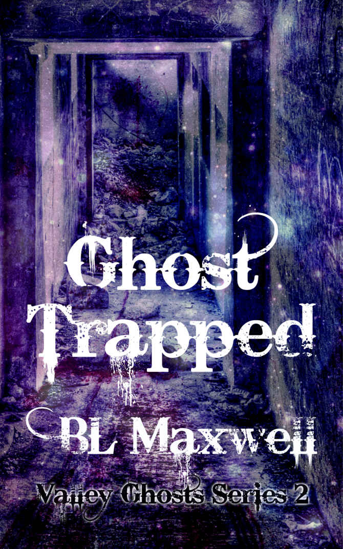 Ghost Trapped - BL Maxwell